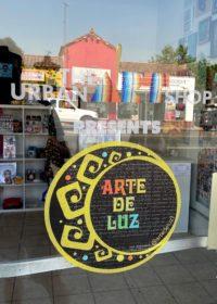 Pop-Up Shop: Arte De Luz